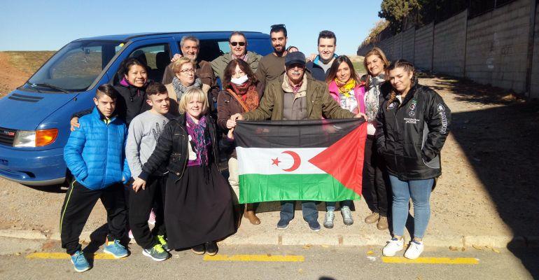 Miembros de una anterior expedición de la asociación de Amigos del Sáhara Libre de Jaén.