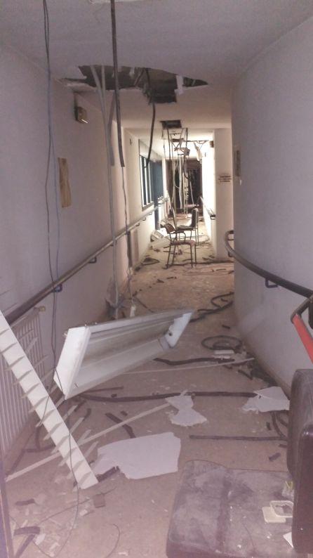 La Fundación 26 de Diciembre calcula que tiene que gastar un millón de euros en rehabilitar la residencia.