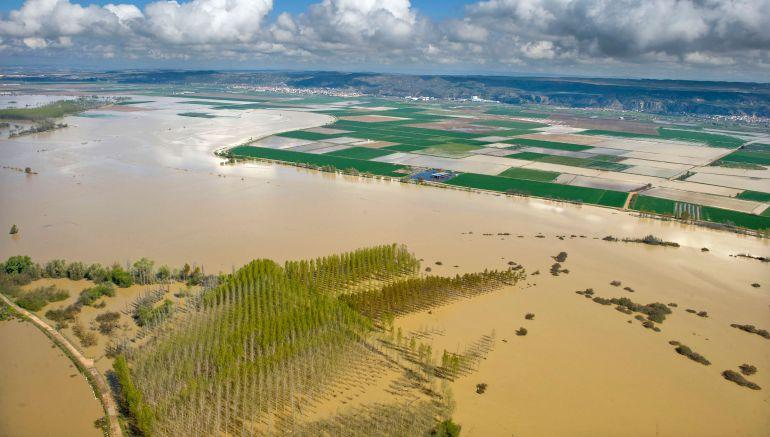 Campos inundados en la zona de Arguedas