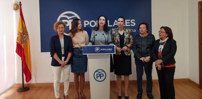 """Varias mujeres del PP, concejalas y diputadas, han repudiado el """"machismo"""" de los comentarios de José López"""