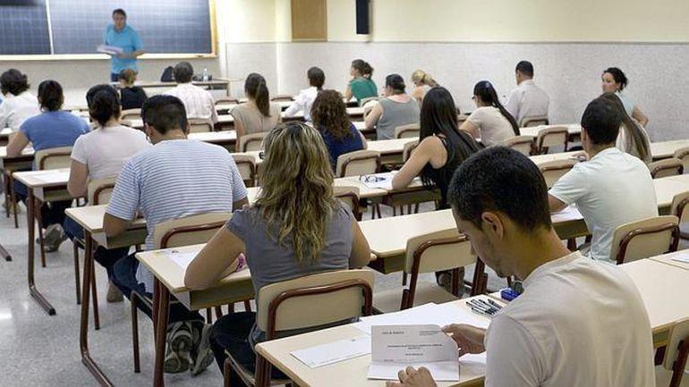 Canarias exige al Gobierno estatal que desbloquee las 881 plazas que faltan para completar la OPE de Educación