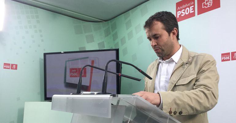 Julio Millán durante la rueda de prensa de este martes