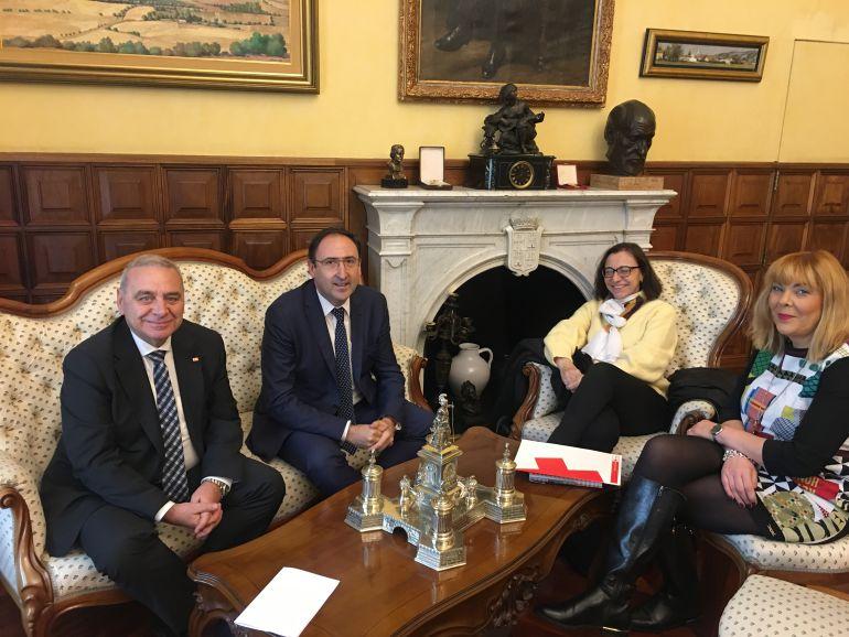 El Ayuntamiento colaborará con Cruz Roja en la organización de la IX Jornada Autonómica de Vida Asociativa de Castilla y León
