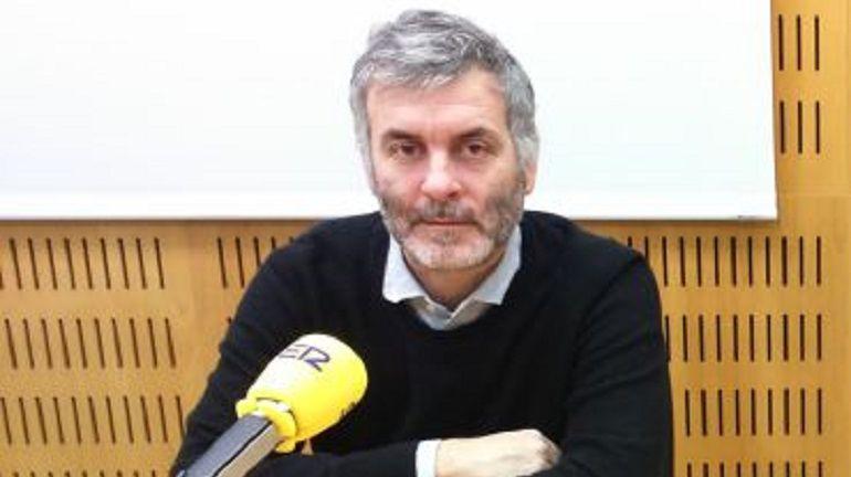 Jorge Marín, vocalista de la Habitación Roja, en una foto de archivo en los estudios de Radio Valencia