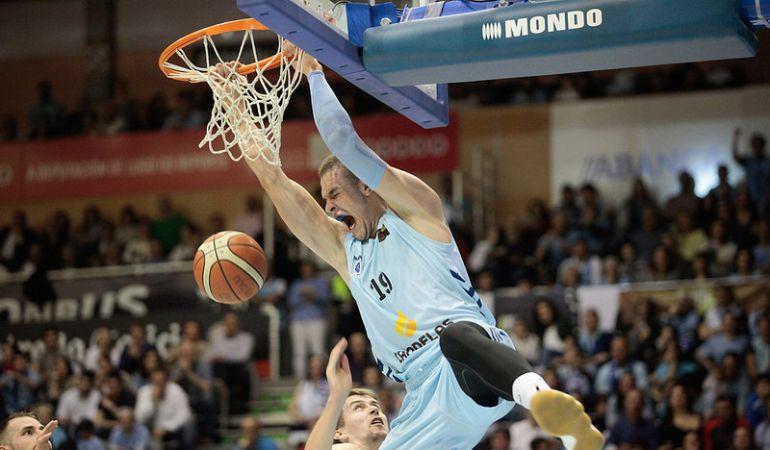 Sulejmanovic ha promediado 11,4 puntos y 6,6 rebotes en casi 20 minutos por encuentro (25 partidos jugados en Leb Oro).