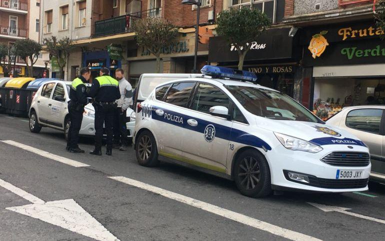 Urtaran y el PP pactan aumentar hasta 28 agentes la OPE de Policía Local