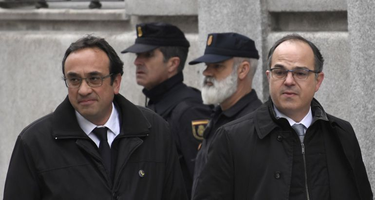 Josep Rull (esquerra) i Jordi Turull arriben al Tribunal Suprem el 23 de març. Poc després es decretaria la seva presó preventiva