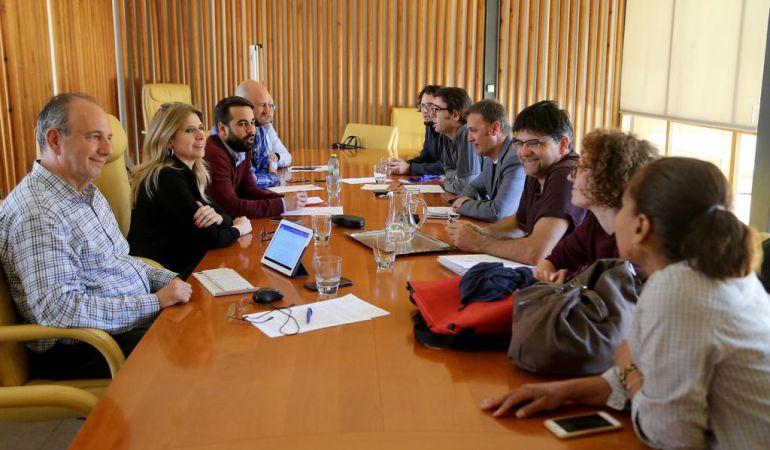 Alicante: Jornada frenética de reuniones en el Ayuntamiento de Alicante
