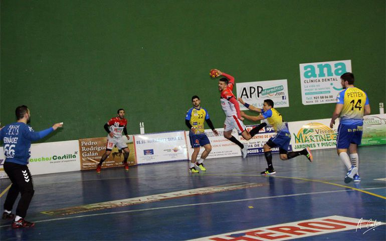Balonmano Nava V. Herol supera 29-23 al Amenabar | Radio Segovia ...