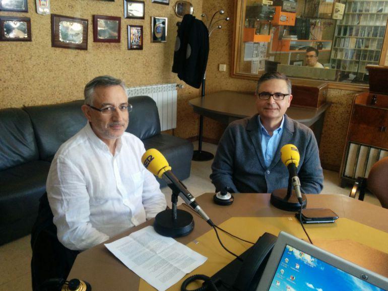 Los doctores Manuel Botana (izda) y Lorenzo Armenteros