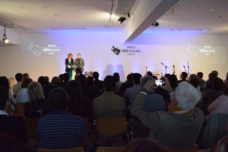 Naiara López de Munain y David Yurre presentaron el acto