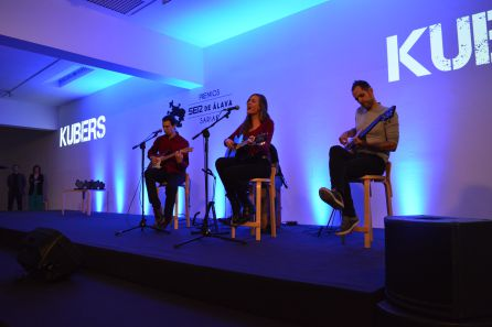 El grupo vitoriano Kubers interpretó dos temas musicales