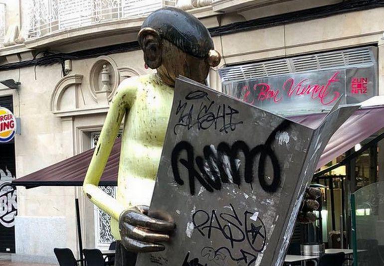 Escultura de O Carrabouxo, unha das afectadas