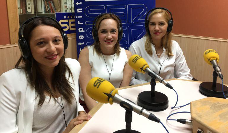Soraya, Ivonne y Alejandra Benites, socias de Morningside, Grupo Inmobiliario, aconsejan sobre la venta de una vivienda.