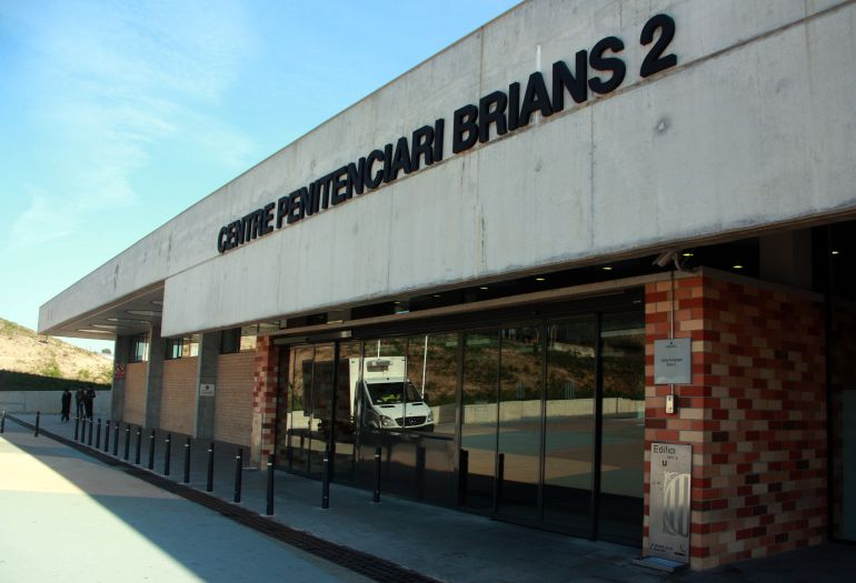 """L'entrada del centre penitenciari Brian 2, on ha complert 20 anys de condemana el """"violador de La Verneda"""""""