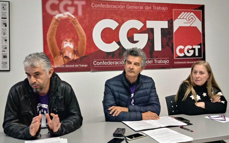 Basilio Villacorta (izda), Miguel Álvarez y Marián Cuesta