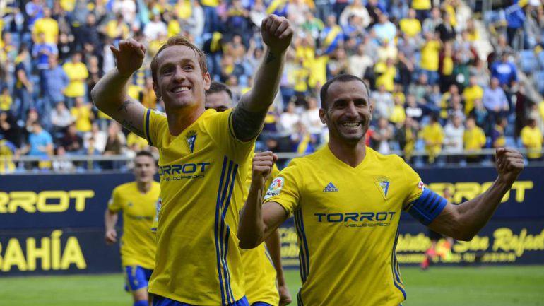 Alex y Servando dos jugadores claves en el Cádiz