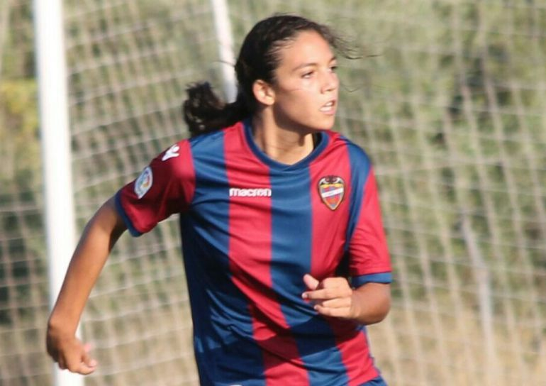 La jugadora, de El Verger, Paula Tomás Serer.