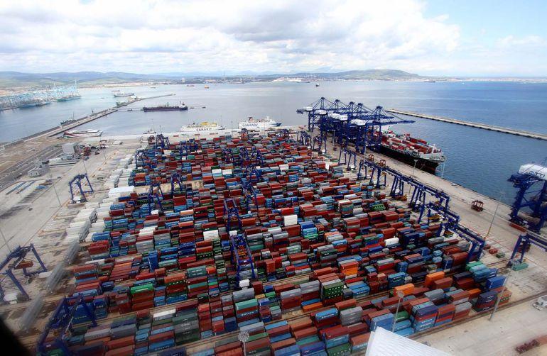 Los estibadores vuelven a amenazar con paralizar los puertos