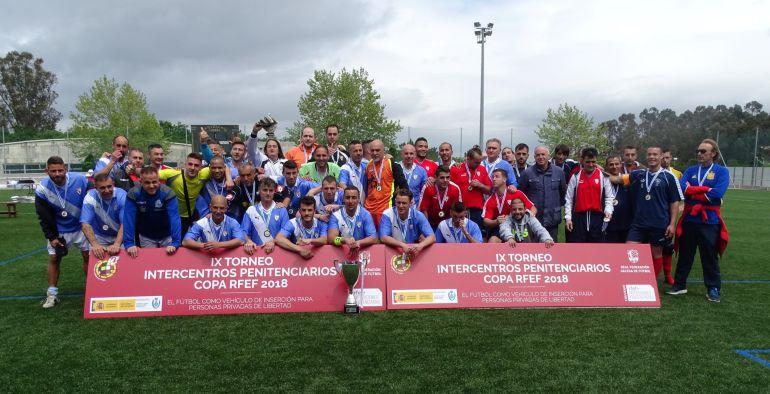 A Lama, campión galego do Torneo Intercentros Penitenciarios. O primeiro equipo de Pereiro de Aguiar remata subcampión.