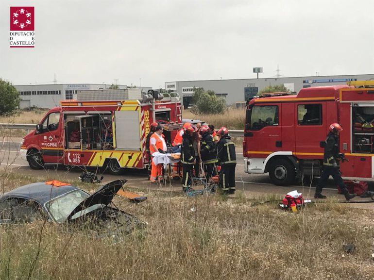 Fallece el conductor de un camión al salirse de la A-23 en Soneja