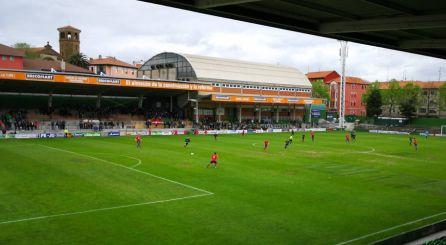 Imagen del Estadio de Las Llanas durante un partido de la presente temporada.