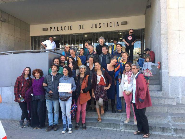 La justicia da 5 años a la aldea del Calabacino para regularizarse
