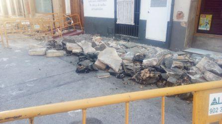 Obras de reurbanización en la calle La Mar.