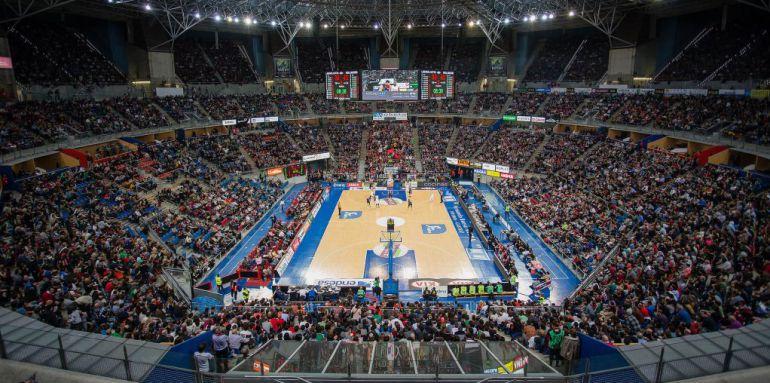 Cancha del Buesa Arena.