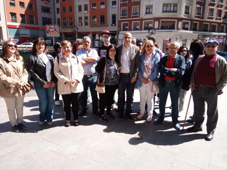 Presentación de la candidatura en la plaza de Lazúrtegui