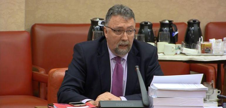 El parlamentario Isidro Martínez Oblanca durante la Comisión de Presupuestos del Congreso