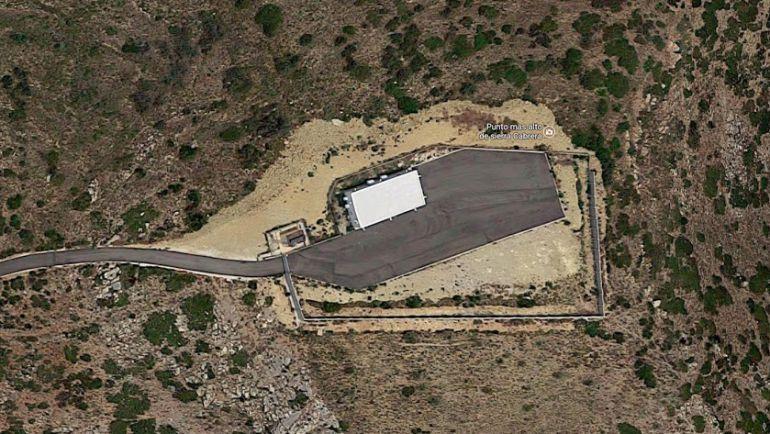 vista aérea de las instalaciones militares ubicada en Cerro Mezquita de la sierra de Turre (imagen de Google Maps)