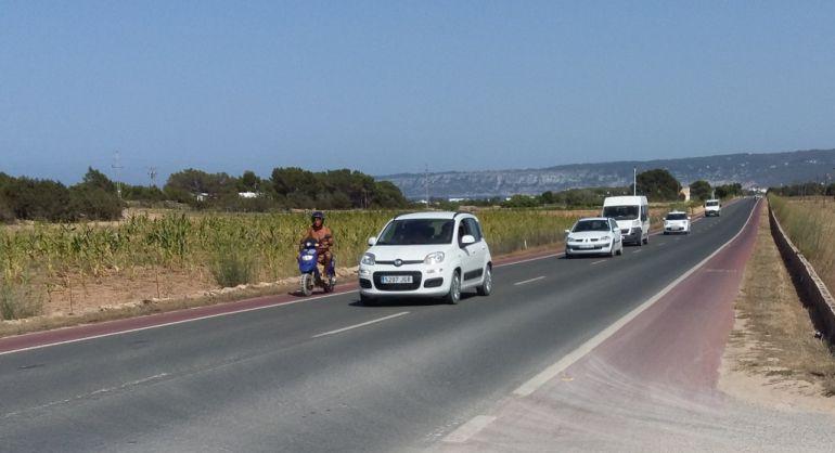 Los 'rent a car' celebran el cambio de postura de la concesionaria del aparcamiento