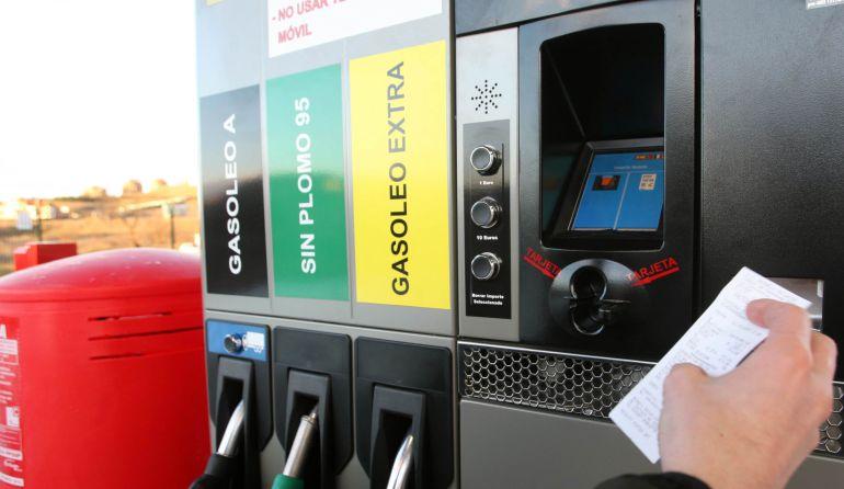 El precio del combustible sigue en valores muy altos también en Valladolid