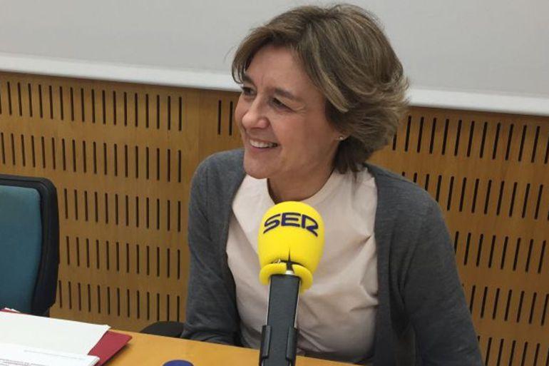 La Ministra de Agricultura, Isabel García Tejerina, en los estudios de la SER en Valencia