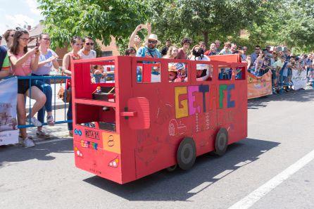 La carrera de autos locos es un clásico de las fiestas de Getafe