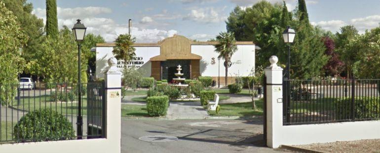 Desalojado el tanatorio crematorio de valdepe as por un incendio ser ciudad real cadena ser - Tanatorio valdepenas ...