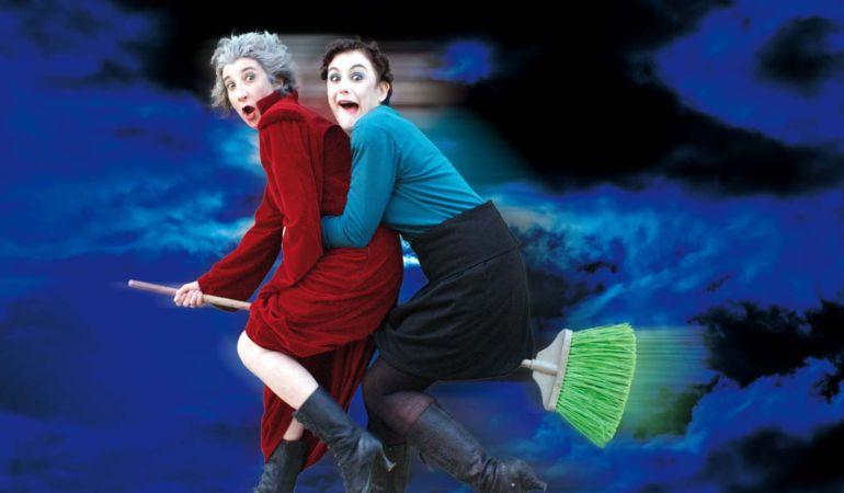 La compañía Lolita Corina pone en escena 'Brujas' este domingo, a las 18,00 horas, en el Centro Cultural por 3 €