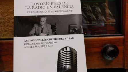 """Portada del libro """"Los orígenes de la radio en Valencia"""""""