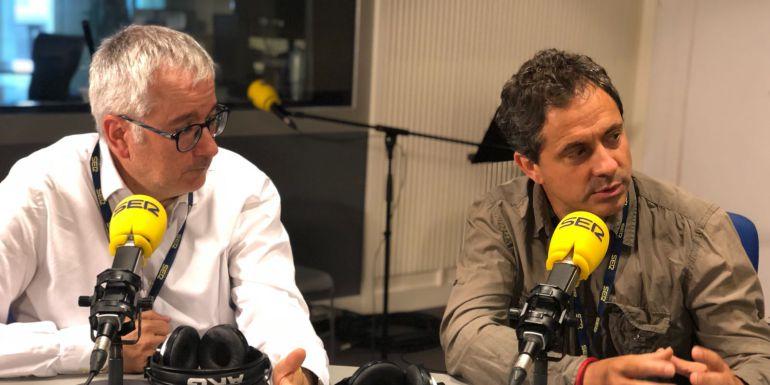 El periodista Alfonso Armada y François Musseau, creador de 'Diario Vivo', durante la entrevista