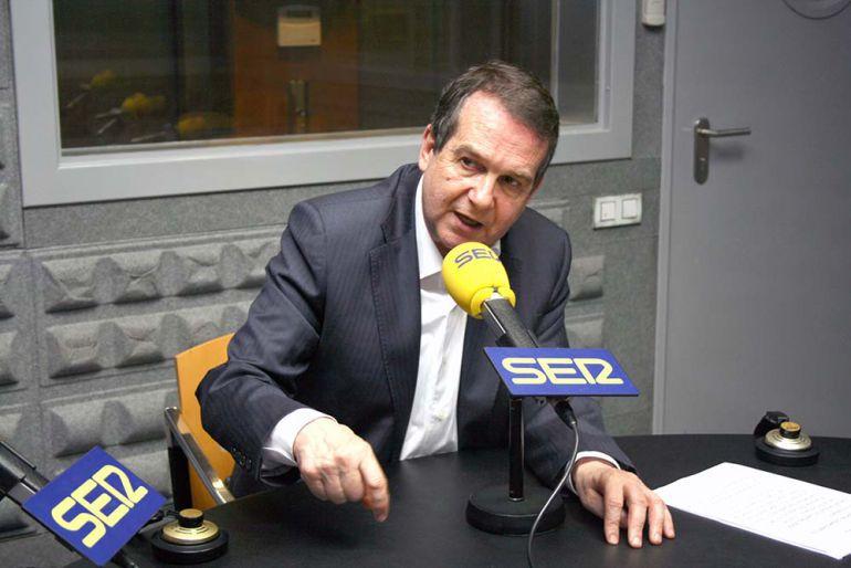 Pedro Sánchez se reunirá con Abel Caballero