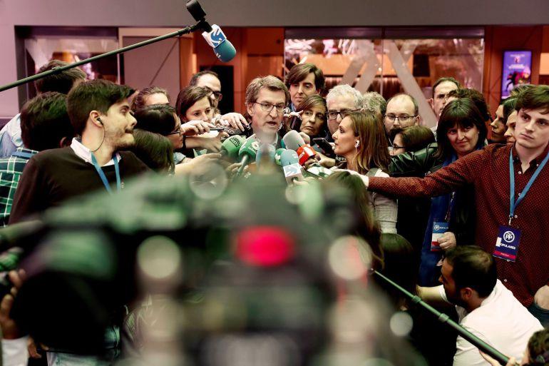 El presidente de la Xunta de Galicia Alberto Nuñez Feijóo, tras la reunión de la Junta Directiva Nacional del PP en la que se dará el pistoletazo de salida de la carrera sucesoria de Mariano Rajoy  Efe- Mariscal