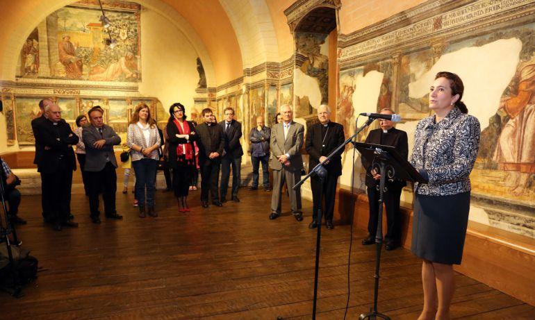La consejera de Cultura inauguraba la remodelada Cámara de Doña Sancha