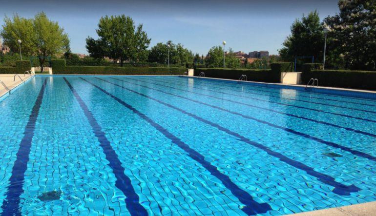 Imagen de las piscinas municipales de San José.