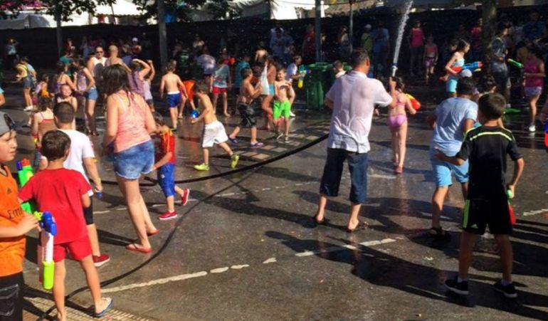 Las fiestas del agua se han convertido en una tradición en la localidad