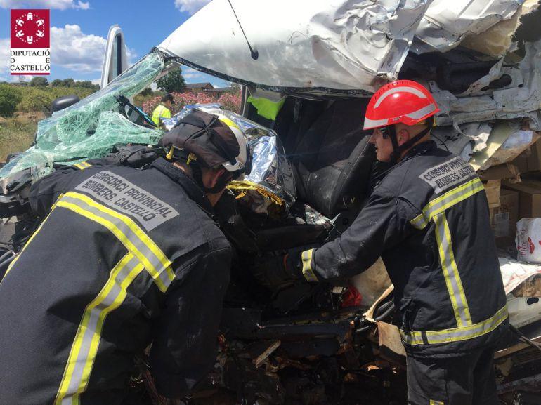 Fallece un hombre de 30 años en un accidente en la Vall d'Uixò