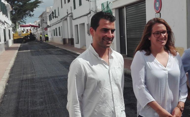 Susana Mora replicó las críticas del PP sobre el asfaltado de la carretera general.