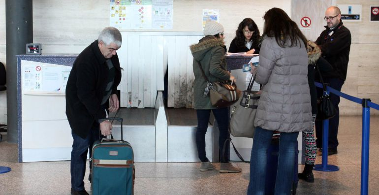 Las cifras de pasajeros en el aeropuerto vallisoletano mejoraron en mayo