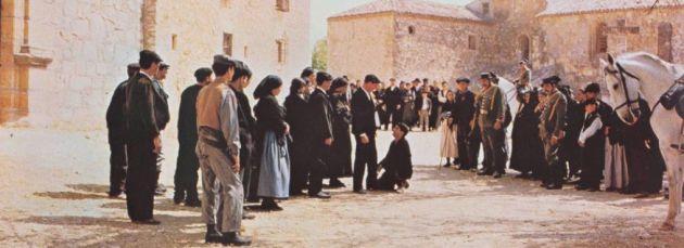Una de las escenas finales de la película 'El crimen de Cuenca'.