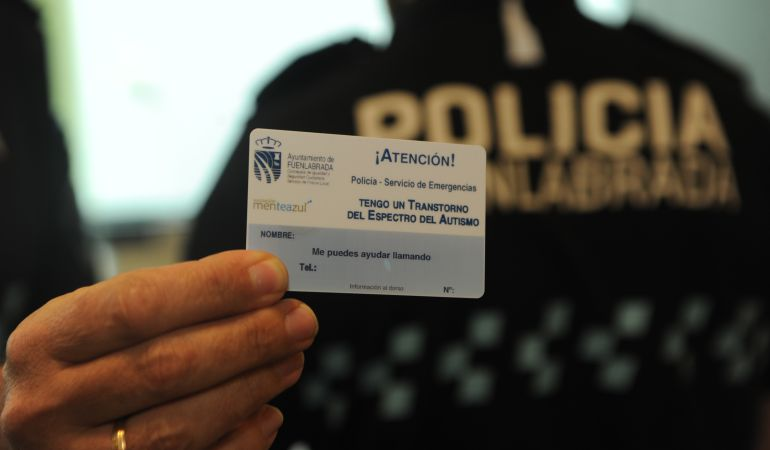 La tarjeta identificativa pretende ayudar a las personas con autismo en situaciones de necesidad.